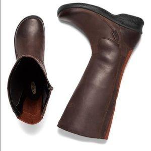 Keen Bern Baby Bern II wide calf leather boots